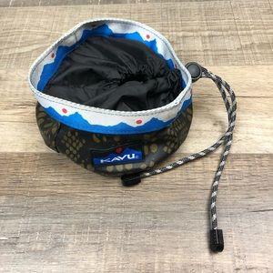 KAVU   Portable Dog Bowl Buddy Bowl Python Hiking